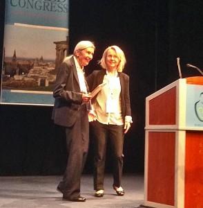Heidelise Als receives Serge Lebovici award